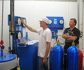 #393-400:CYLINDER RETESTER HAZMAT / OPERATIONAL TRAINING AT HYDRO-TEST