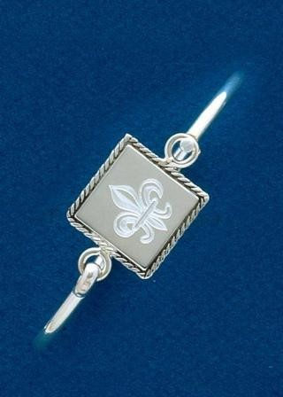 Fleur de lis Engraved Square Braided Edge Bangle