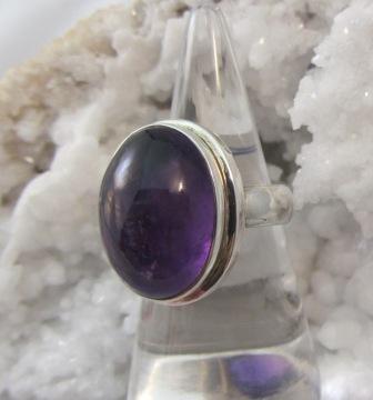 Amethyst Cabachon Ring