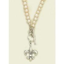 Fleur de lis Classic Pearl Necklace