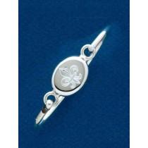 Fleur de lis Engraved Oval Bangle