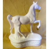 standing horse for box
