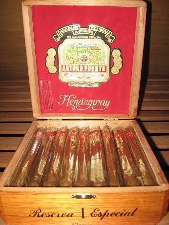 Arturo Fuente Hemingway Short Story 5 Pack