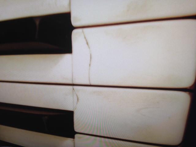 One White Dress in D (Soprano or Baritone) - Piano accompaniment track