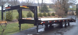 8 x 25 ft gooseneck trailer