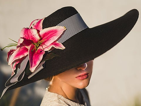 "Black 6"" Brim-Pink Lily"