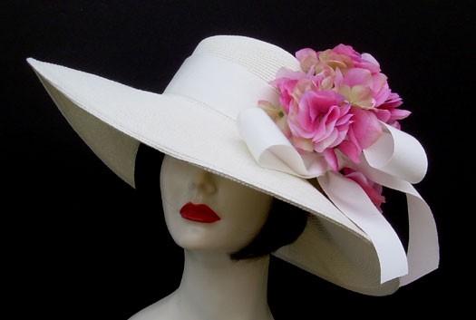 """White 5"""" Brim/Pink Hydrangea"""