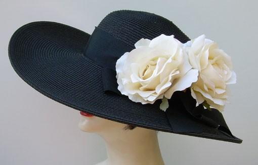 """Black 5""""-6"""" Brim /Cream Roses"""